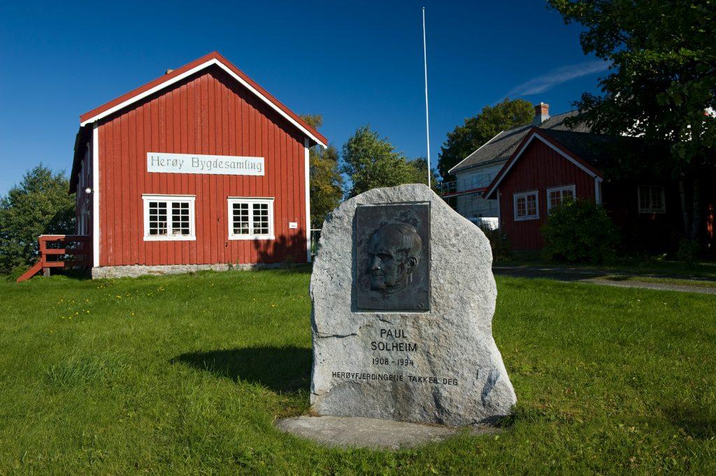 Herøy Bygdesamling. Foto: Erlend Haarberg